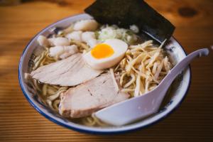 bowl-chicken-cuisine-884600(1)