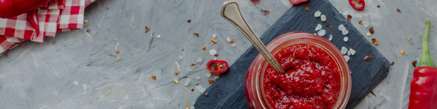 Piment en poudre, entier séché, frais, condiment, moutarde, snack et même graines de piments