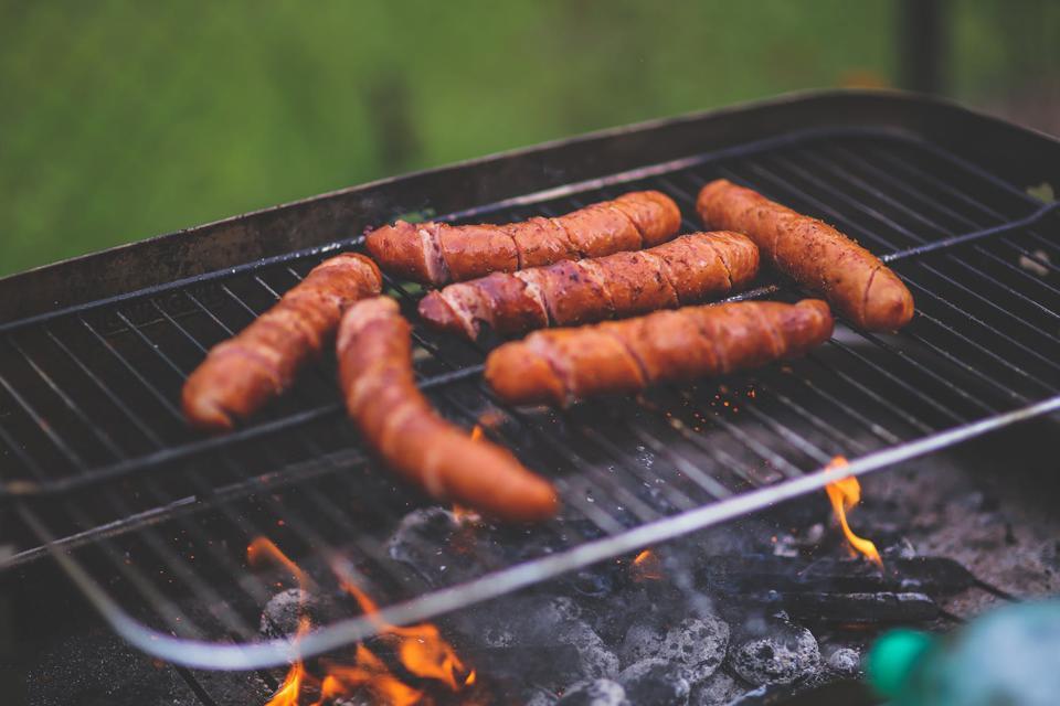 Image Sauces barbecue pour saucisses !